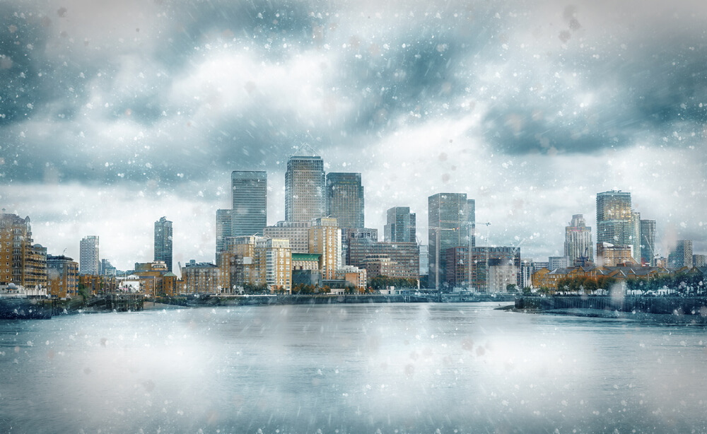 snow in canary wharf london